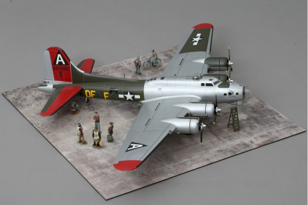 WOW174 Flying Fortress 'Little Miss Mischief'