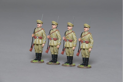 GW097 WW1 Russian Soldiers on Parade