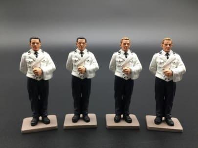 BER017A 4 Man Waiter Set