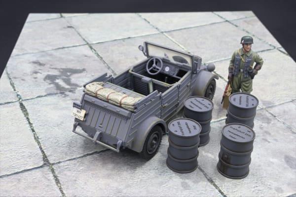 ACC PACK 068C German Fuel Barrels (Early War grey)