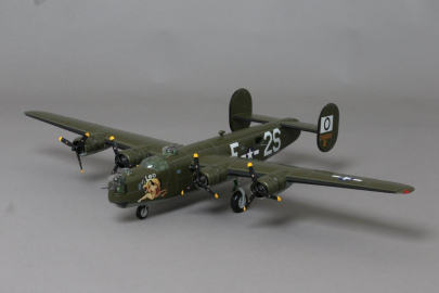 WOW142 B-24 Liberator 'Leo' Version