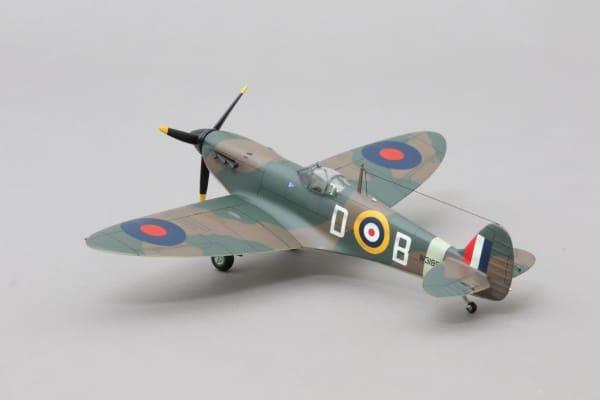 WOW196 - Spitfire 'Douglas Bader'