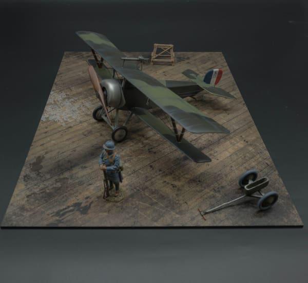 MAT025 Small Wooden Aircraft Stand