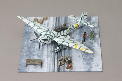 WOW177 Rudel's Junkers Ju-87 Winter Stuka