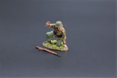 SS089 Kneeling Gunner