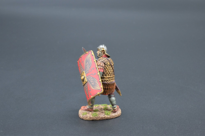 ROM068A Legionnaire (Red Shield)