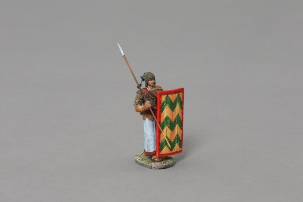 XE009B 2nd Rank Advancing Marine with Red/Yellow Shield