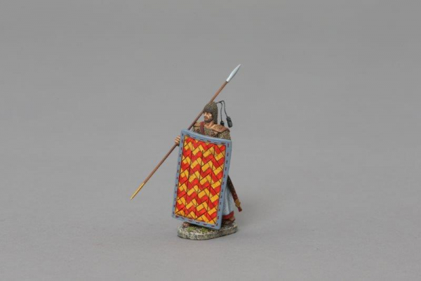 XE009C 2nd Rank Advancing Marine with Red/Yellow Shield