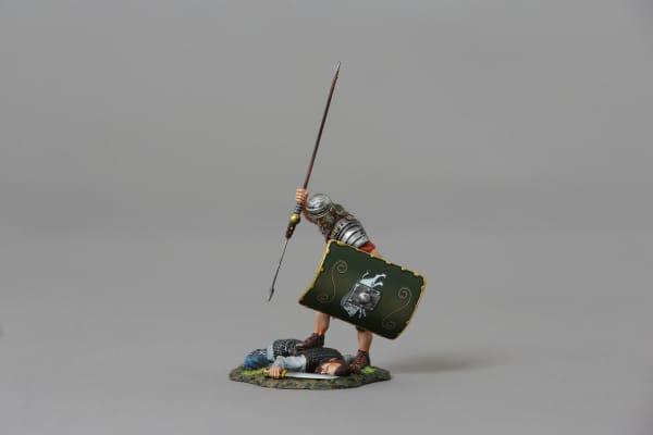 ROM117C Legionnaire Applying Coupe De Grace (19th green shield)